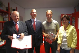 von links: Horst Löbner, Thorsten Majer, Macit Karaahmetoglu, Annette Grimm